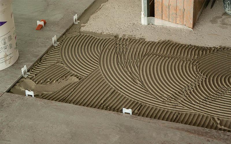 fase di posa pavimenti con rls raimondi